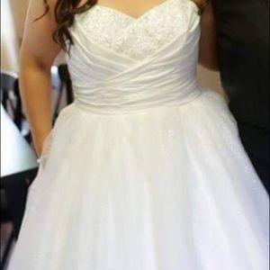 2f20a95160a Women s Cinderella Wedding Dress Alfred Angelo on Poshmark